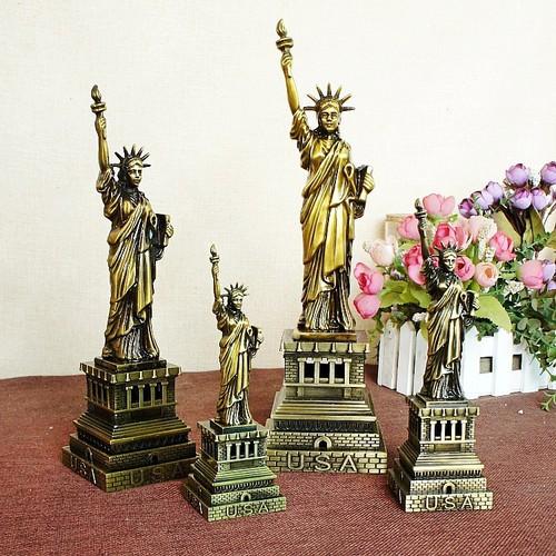 Mô hình tượng nữ thần tự do cao 32 cm Màu Vàng Rêu bởi WINWINSHOP88 - 4174848 , 5023216 , 15_5023216 , 642000 , Mo-hinh-tuong-nu-than-tu-do-cao-32-cm-Mau-Vang-Reu-boi-WINWINSHOP88-15_5023216 , sendo.vn , Mô hình tượng nữ thần tự do cao 32 cm Màu Vàng Rêu bởi WINWINSHOP88
