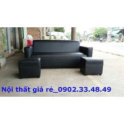 Trọn bộ sofa đen huyền bí, tặng kèm bàn kiếng
