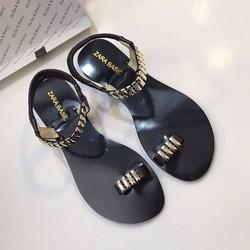Sandal đế bệt cực xinh