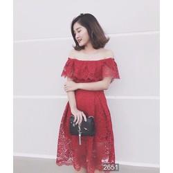 Đầm ren xoè hở vai thời trang