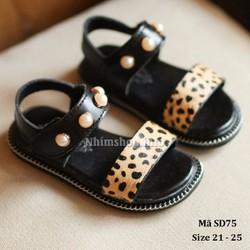 Dép sandal bé gái màu da báo dễ thương và xinh xắn SD75