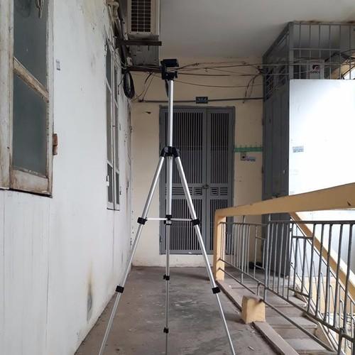 Chân máy ảnh điện thoại BIG01 hỗ trợ chụp ảnh quay phim - 4200702 , 5221773 , 15_5221773 , 230000 , Chan-may-anh-dien-thoai-BIG01-ho-tro-chup-anh-quay-phim-15_5221773 , sendo.vn , Chân máy ảnh điện thoại BIG01 hỗ trợ chụp ảnh quay phim