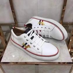 Giày nam da mềm,thiết kế tông màu trắng tạo cảm giác,trẻ trung