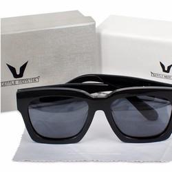 Mắt kính V thời trang hot nhất mùa hè