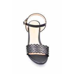 Giày Sandal nữ quai cắt lazer