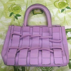 Túi hộp thời trang màu tím lilac