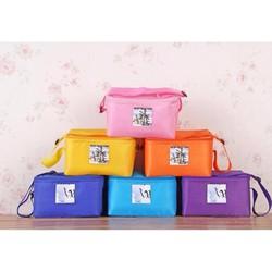 Túi giữ nhiệt có quai đeo chéo tiện dụng