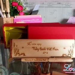 Bút + hộp gỗ khắc chữ theo yêu cầu