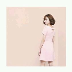 Đầm Xòe Nhẹ Khoét Lưng