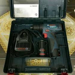 Máy khoan bosh sử dụng pin 12v  made in malaysia