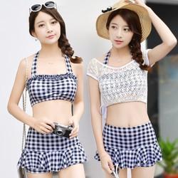 Bikini hai mảnh kèm áo khoác ren