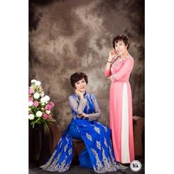 áo dài cho mẹ màu hồng họa tiết 3d