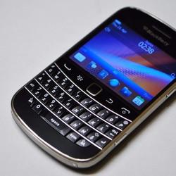 Điện thoại blackberry 9900 - Đẳng Cấp Doanh Nhân.