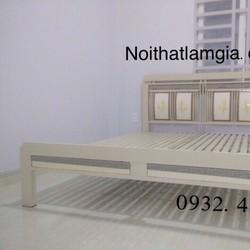Giường săt hộp kiểu gỗ . hàng chuẩn loại 1 giá cực tốt HCM
