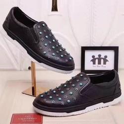 Giày nam thiết kế mới lạ,bề mặt có đính phụ kiện sang trọng