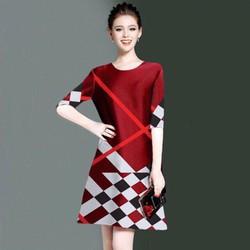 Đầm suông cao cấp in 3D phối màu đen họa tiết cảo có size XXXL