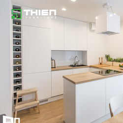 Tủ bếp Laminate màu trắng
