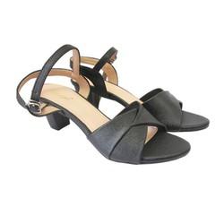 Giày sandal cao gót màu đen