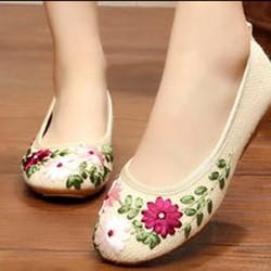 Giày búp bê vải thêu xinh xắn