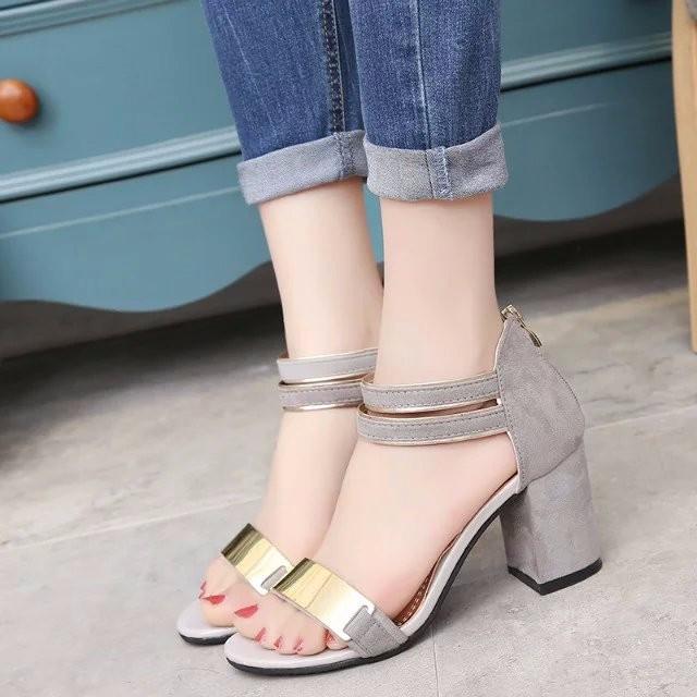 Sandal nữ 7cm đế vuông quai ngang phong cách Hàn Quốc 8