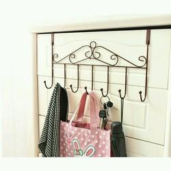 Móc treo quần áo sau cửa