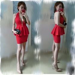 Set áo peplum hở ngực và lưng,kết hợp chân váy ôm