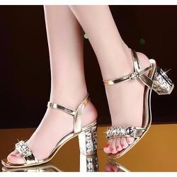 Giày gót vuông đính đá thời trang - LN1081