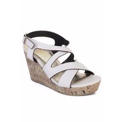 Giày sandal cao gót  đế xuồng dễ dang di chuyển đế cao su chống tron