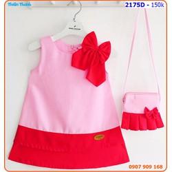 Đầm viền tầng kèm túi đeo xinh xắn và dễ thương cho bé