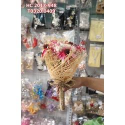 Hoa cưới cầm tay  sặc sỡ sắc màu , đẹp nổi bật và quyến rũ