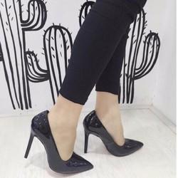 giày cao gót đơn giản sang trọng