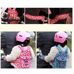 Đai cho bé đi xe máy an toàn chắc chắn