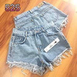 quần short jeans lai tua rua