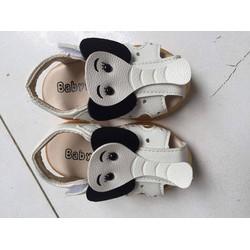 Sandal tập đi cho bé sành điệu