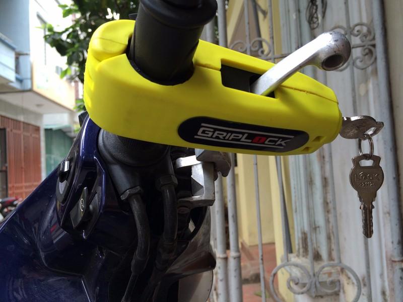 Khóa tay thắng xe máy Grip lock 5