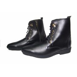 Giày boot da bò thật. Bảo hành: 12 tháng.MS : B60D