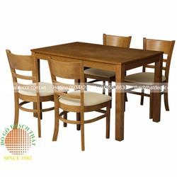 Bàn ghế ăn 4 ghế gỗ cao su giá rẻ