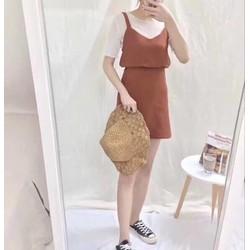 Set 3 món áo thun , áo croptop , chân váy cực rẻ