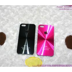 Ốp Iphone 5 cứng giả mặt sau trái táo sành điệu OP76