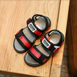 Giầy sandal bé trai