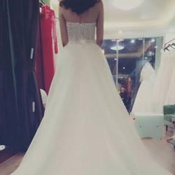 Váy cưới Molly
