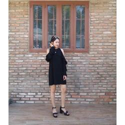 Đầm suông khoét tay cực xinh