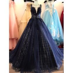 Váy cưới tùng to, màu xanh đậm tùng lót kim tuyến
