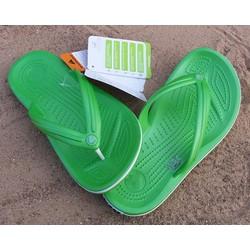 Dép xỏ ngón crocs band flip màu xanh lá cây