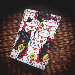 VINA04- Ví name card handmade ruột rời họa tiết mèo nhật may mắn