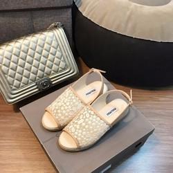 Giày sandal bánh mỳ
