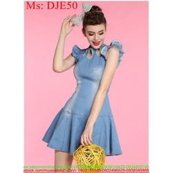 Đầm jean nữ dự tiệc xòe xinh xắn khoét ô đính hạt thời trang DJE50