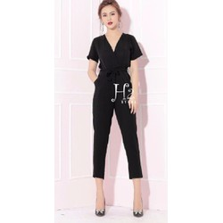 Jumsuit lửng cổ V tay con