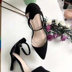 giày cao gót xinh xắn