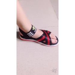 Sandal nữ đang hot